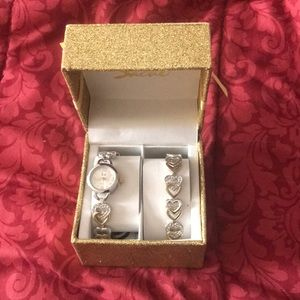 Brand new watch and bracelet set, gold & silver